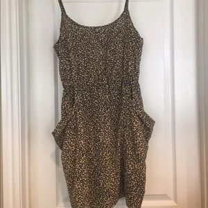 Cute S Forever 21 Spotted Dress with pockets